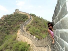 Girl posing at the Great Wall of China