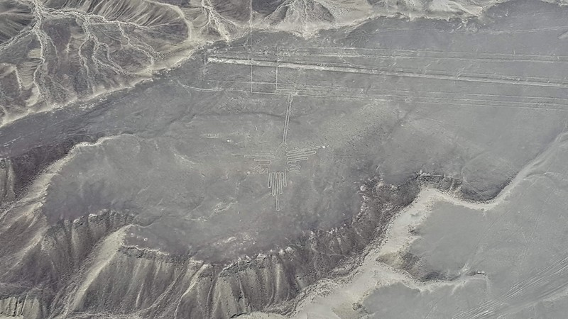 Flying Nasca Lines