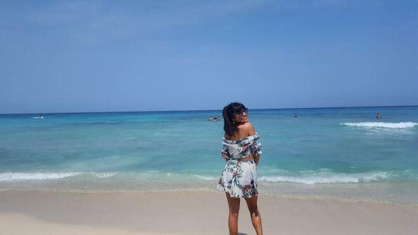 Day trip to Isla Baru - paradise waters!