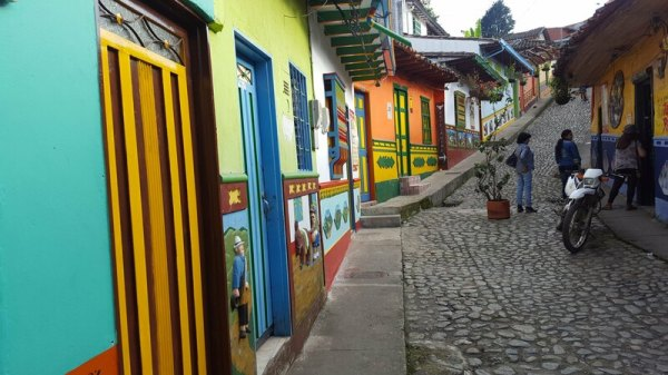 Guatapé colorful streets