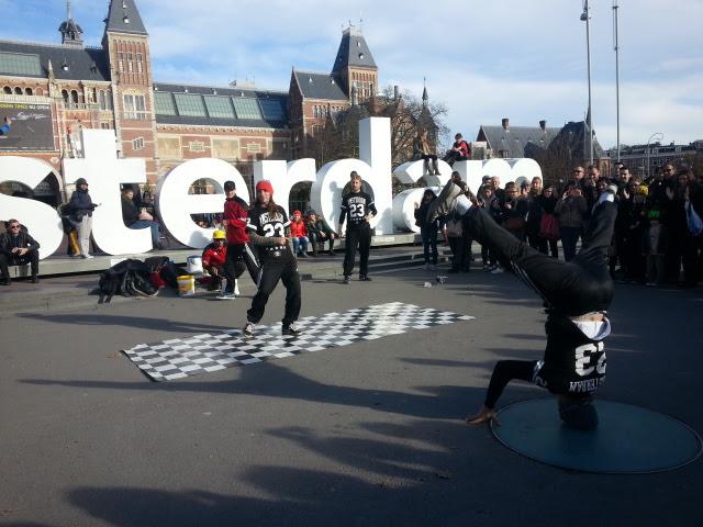 Amsterdam street performance